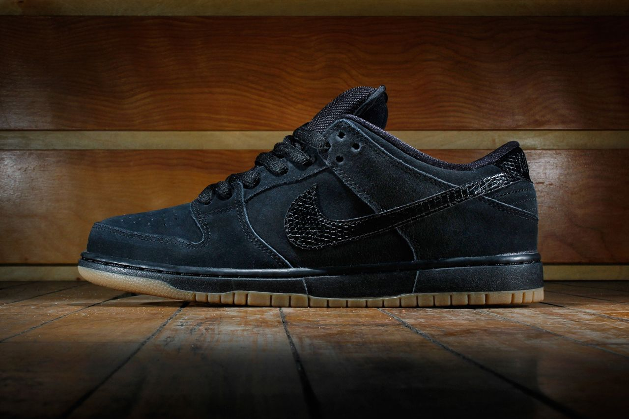 wholesale dealer 9045c 10906 Nike SB Dunk Low Pro Black Gum Medium Brown   Hypebeast