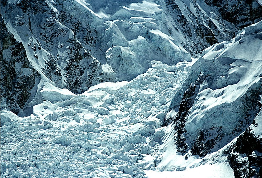 The Khumbu Icefall in all its beauty.    Courtesy of Alfred Gregory Archive.  Source Photographica.  All rights reserved.