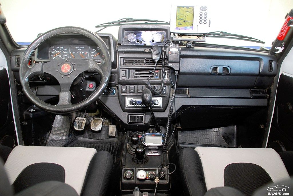 Lada niva 4x4 taringa lada niva pinterest for Interieur lada niva