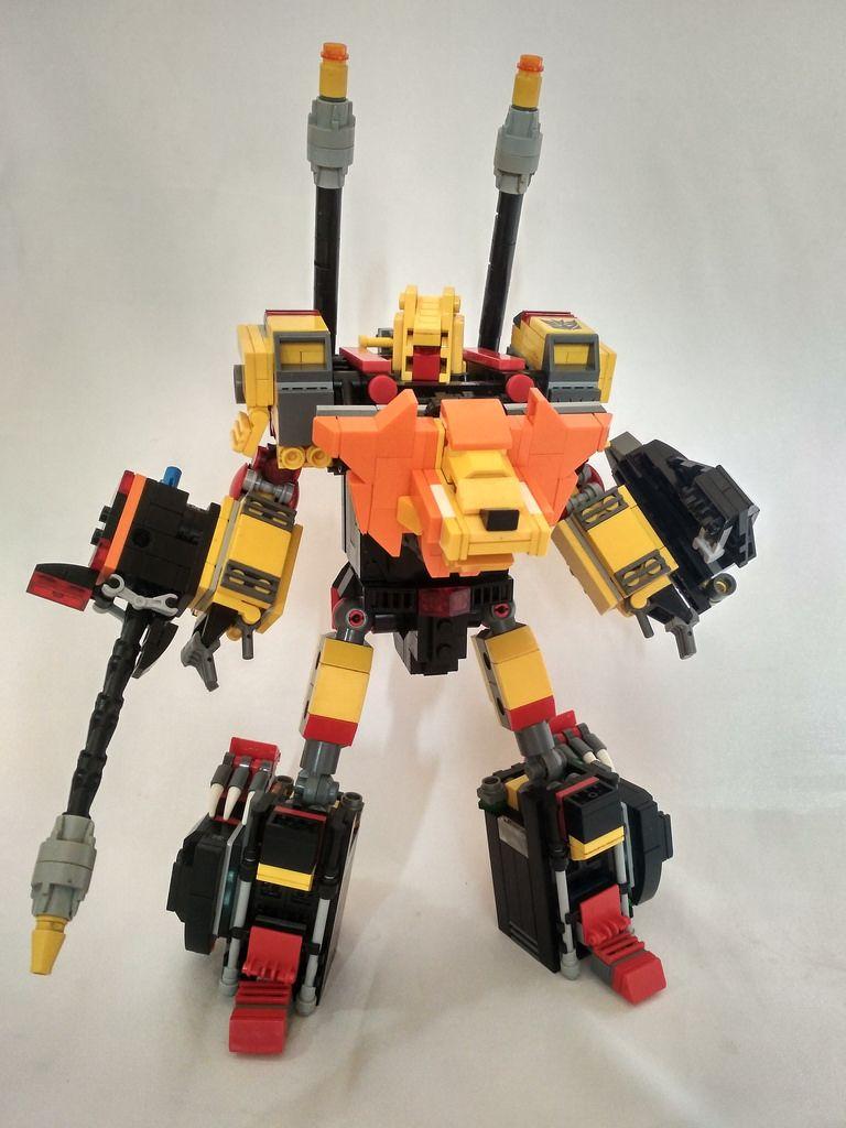 My legolize version of Transformers Razorclaw.