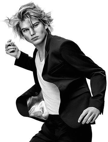 """Résultat de recherche d'images pour """"top model homme 2017""""   Jordan barrett, Paco rabanne, Model"""