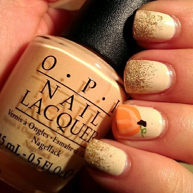 Pumpkin glitter gradient nails! OPI My Vampire Is Buff, Pure Ice Bare It All, OPI Where Did Suzi's Man-go?, OPI Chillin Like a Villain, Essie Little Brown Dress, NYColor High Line Green