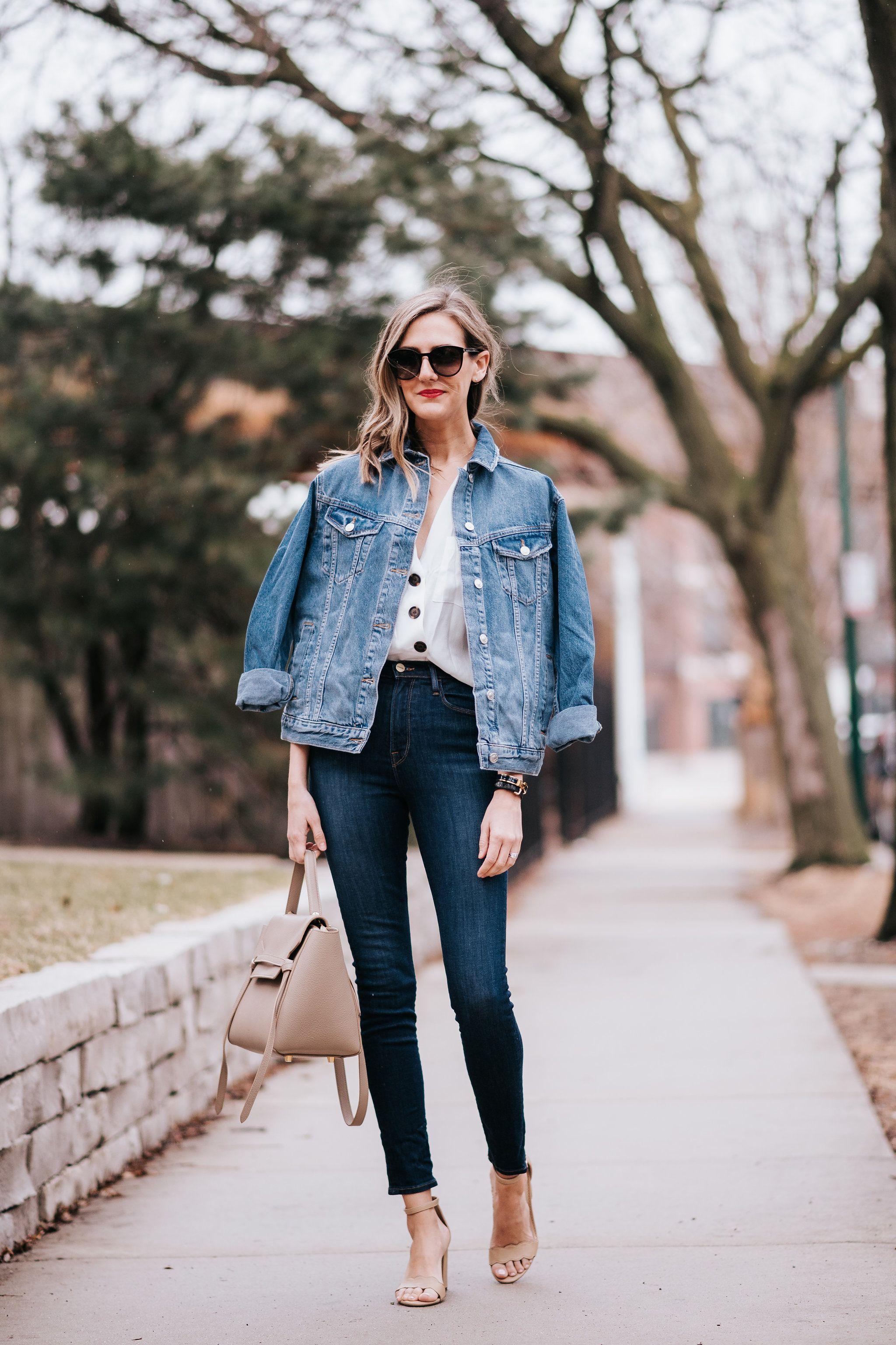 How To Wear Oversized Jean Jacket Denim Topshop For Spring Spring Denim Outfits Oversized Jean Jacket Denim Outfit [ 3072 x 2048 Pixel ]