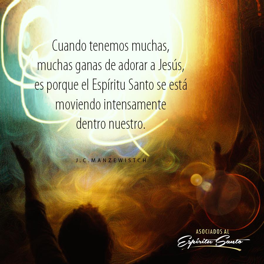 El Espíritu Santo nos impulsa a adorarle...