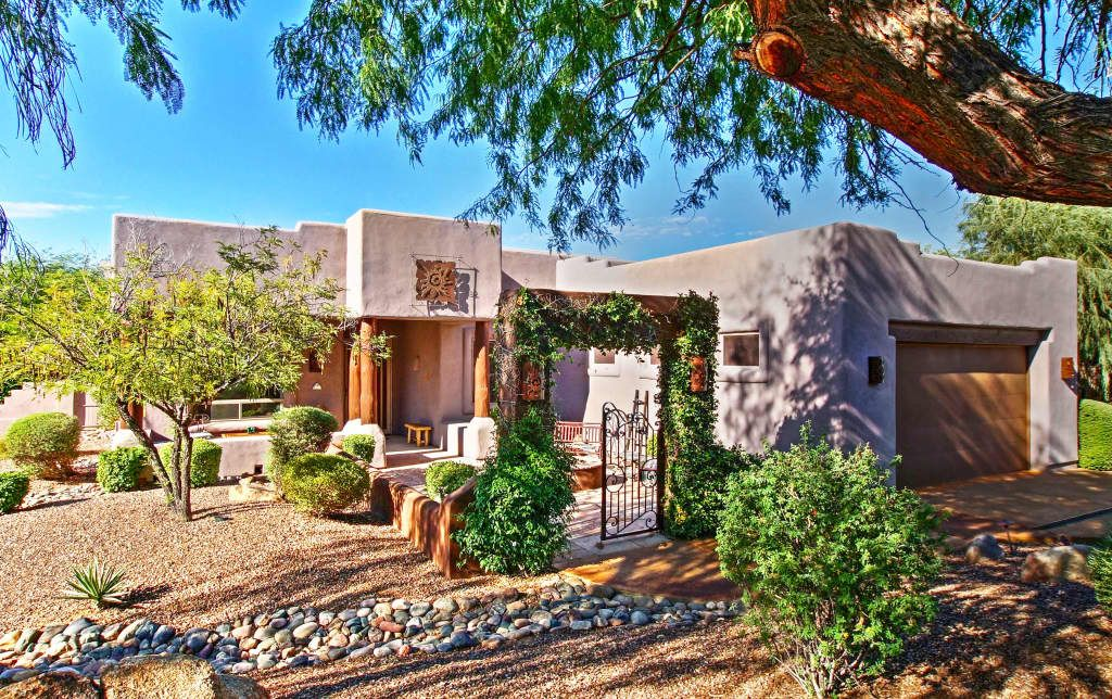 Luxurious 4BR 'Carefree' Home w/ Rooftop Deck! Phoenix