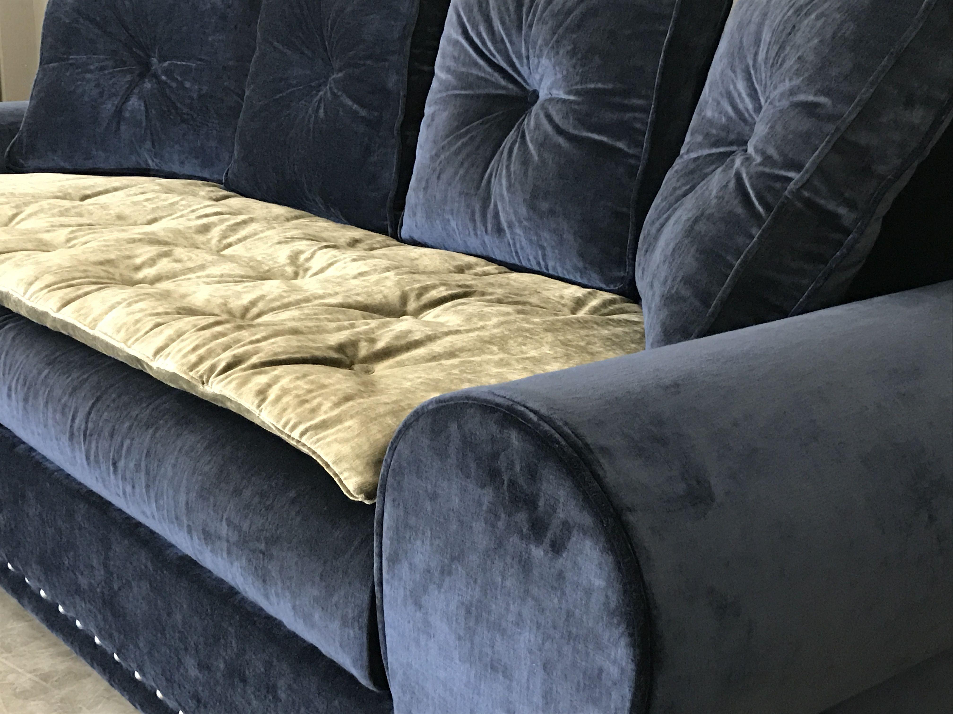 Sofa cover en velours lavé brun pour recouvrir le canape Rodolphe