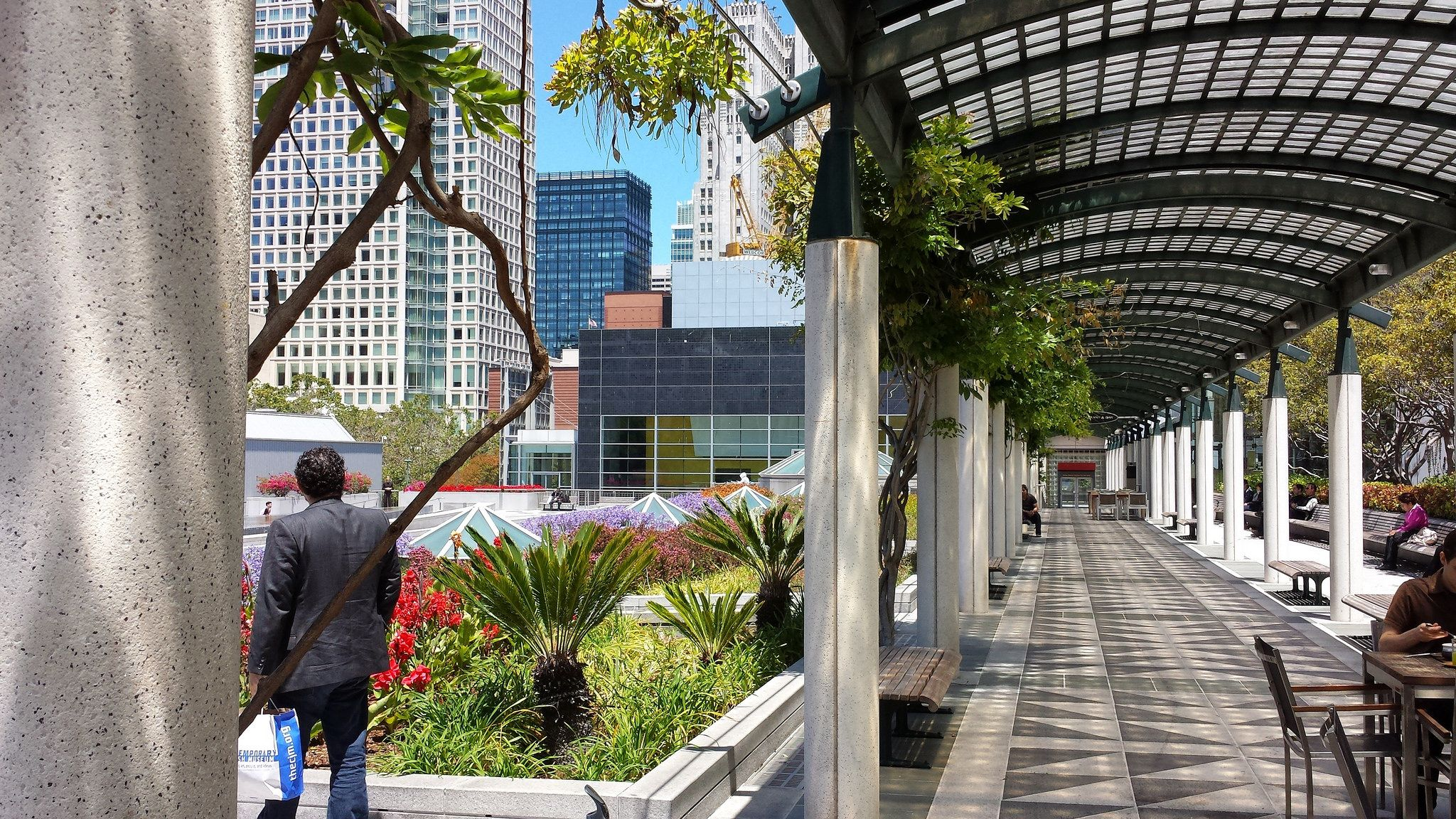 Yerba Buena Gardens And Outside Seating For The Samovar Tea
