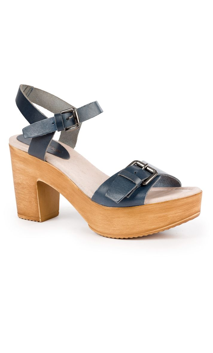 Sandal heel 8 cms 3 cms platform wooden sole made of cowhide leather with metal buckle for a better fit, made in Spain...