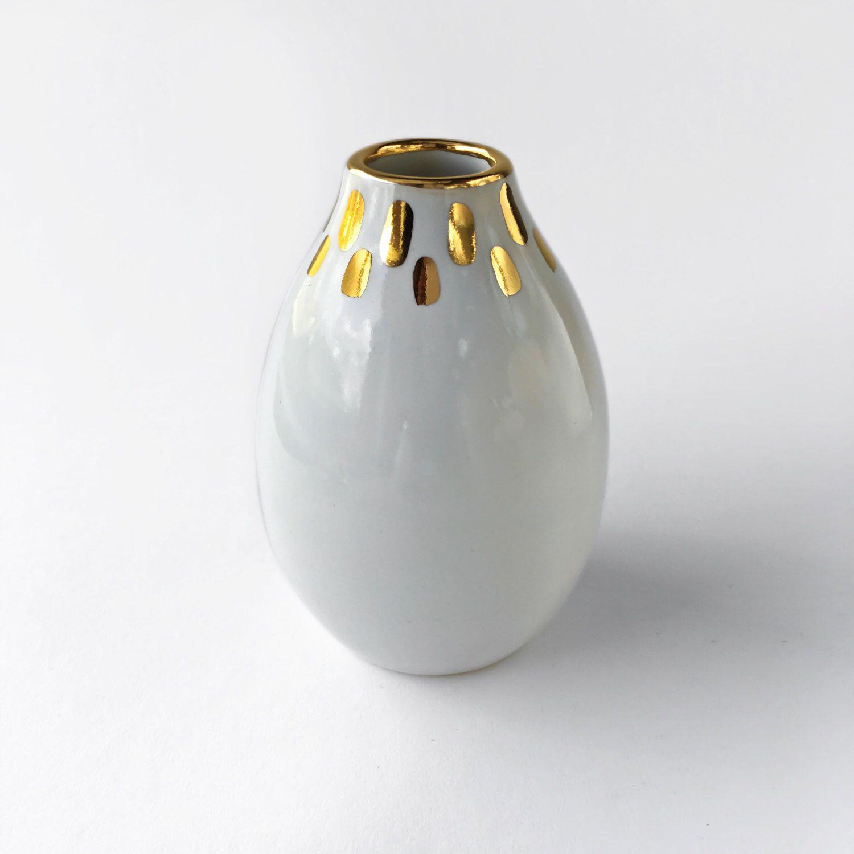 White and gold vase gold mosaic vase white vase white and gold white and gold vase gold mosaic vase white vase white and gold ceramics reviewsmspy
