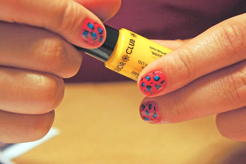 leopard print nails - hot pink + neon blue