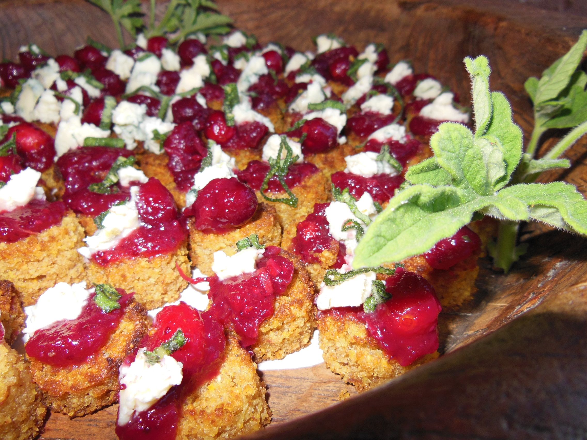 Wedding appetizer organic cornbread canapes w ginger for Canape appetizer