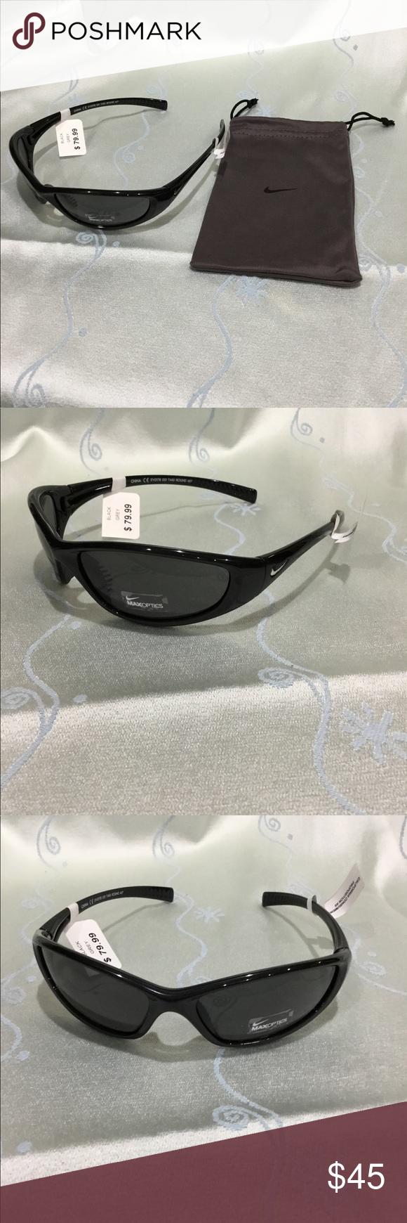 3216835bba Nike Men s sunglasses Tarj Sport black Brand new with cloth case Nike Men s  Tarj Sport black sunglasses. EV0178 Max optic lenses.