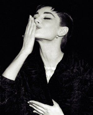 Experimenta, amiga!: Segredo de beleza de Audrey Hepburn