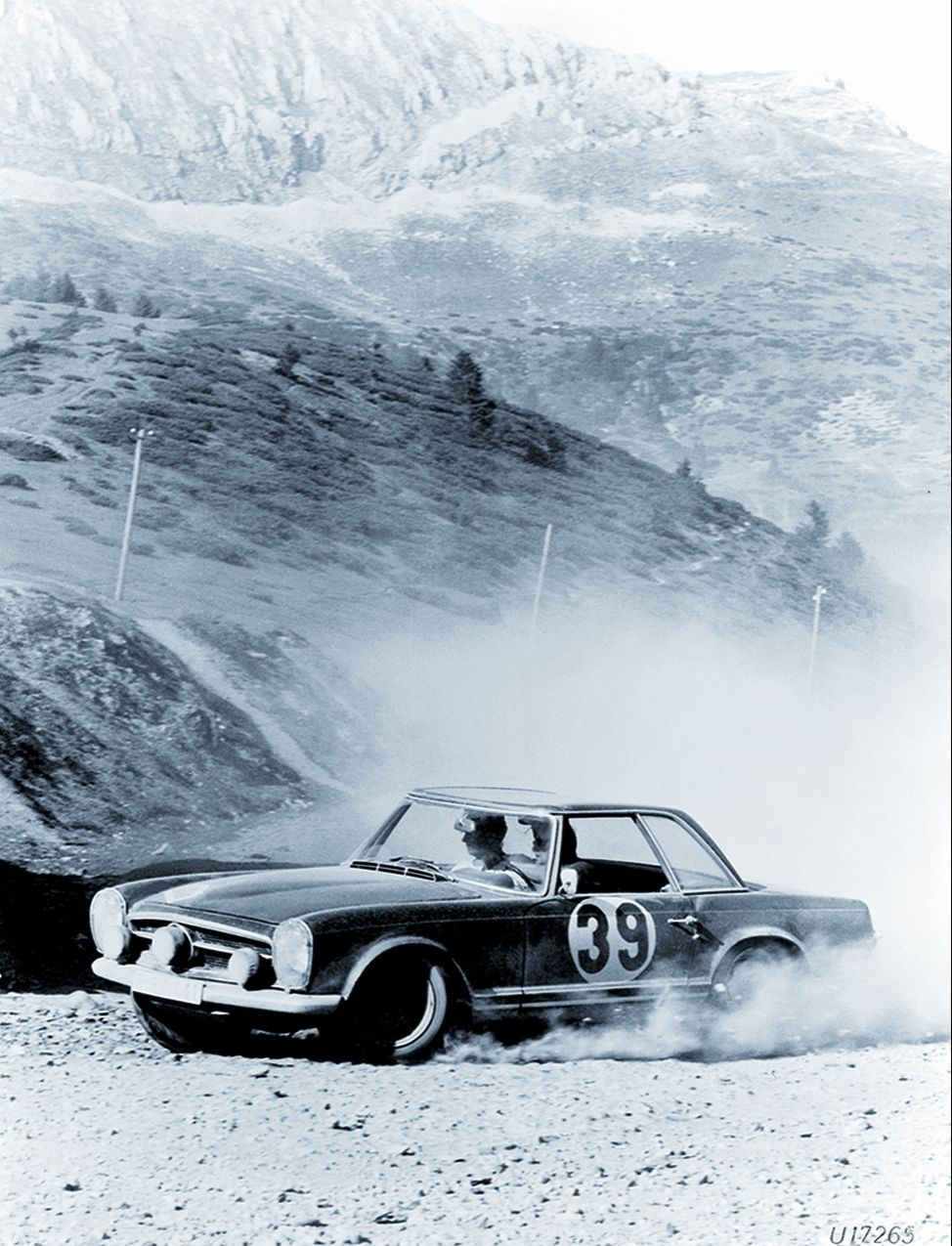 "Mercedes-Benz SL ""Pagode"" (W 113)"
