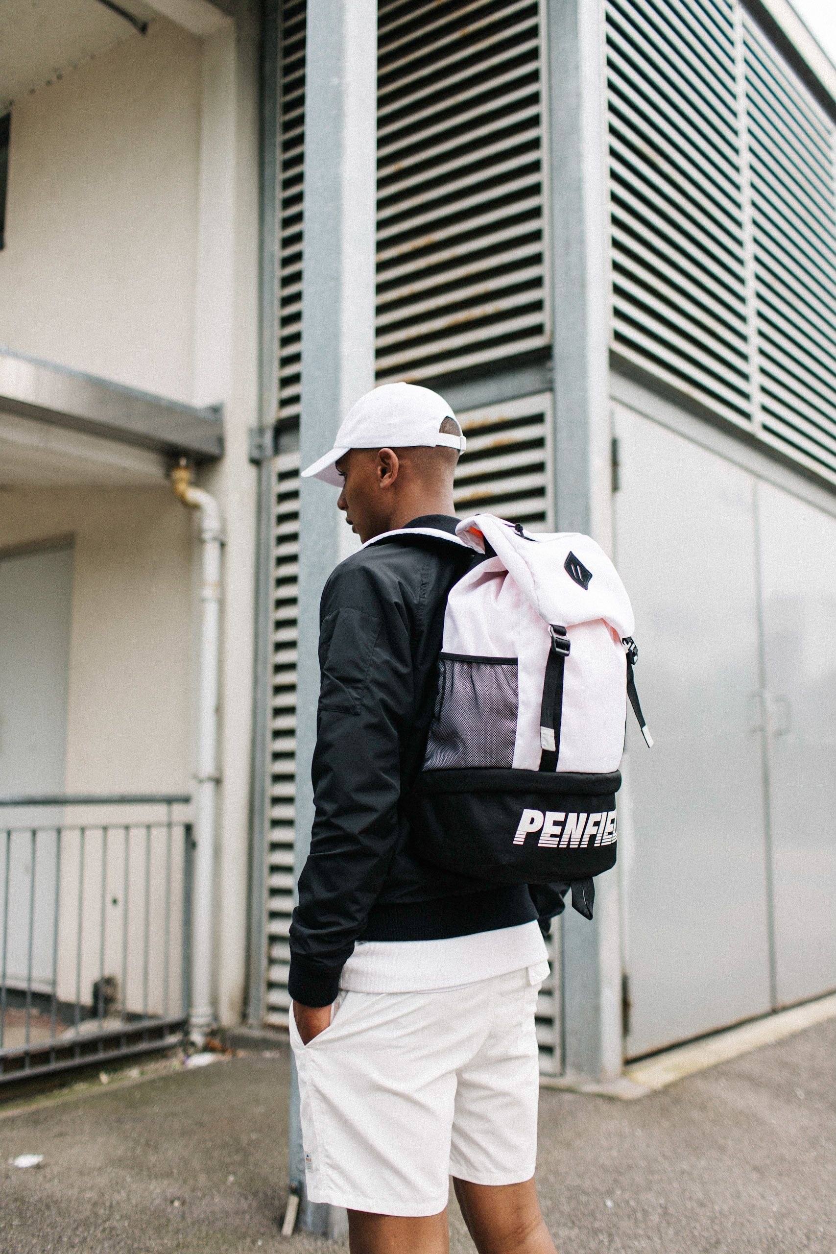 Streetstyle By Penfield Penfield Sports Fashion Streetstyle Hypebeast Men Style Fashion Backpack Sport Fashion Fashion Sport Shoes Women
