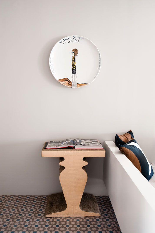Ceramic plate by Konstantin Kakanias, photo © James Bedford