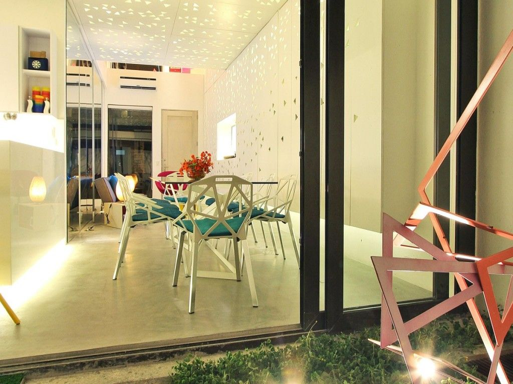 Small Terrace Garden In Modern Townhouse At Philippines
