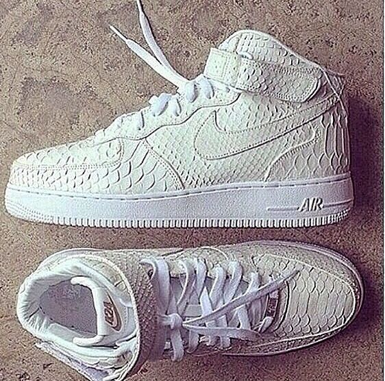 The flyest air force 1's on the nike Nike free