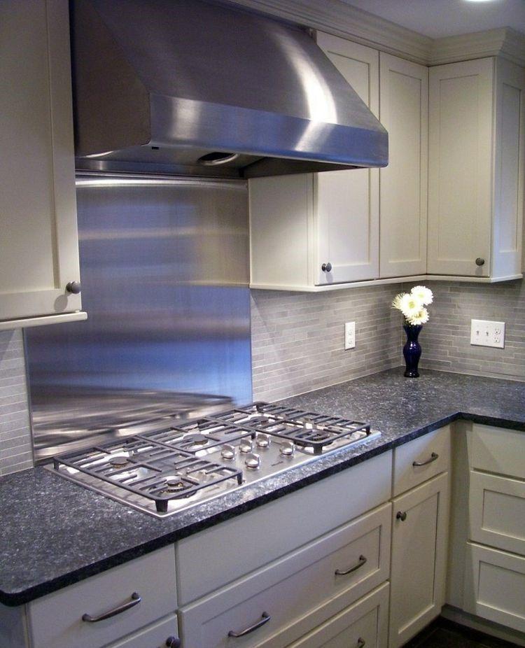 losas de color gris en la pared de la cocina moderna | Ideas ...