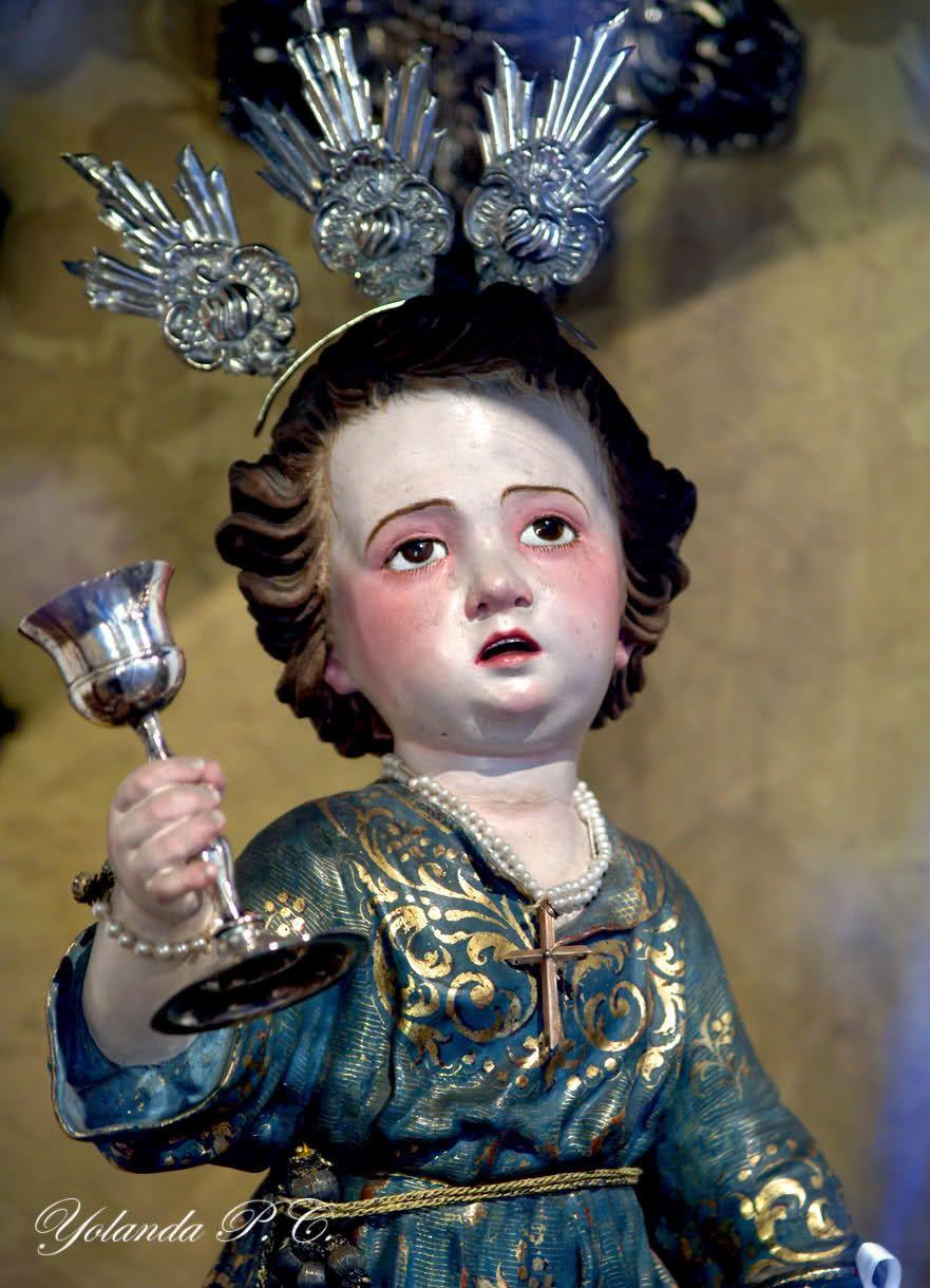 """""""Nuestras almas, Santo Niño,/ como las rosas,/ también se embriagan con fervor/ en la dulzura/ y en los raudales inmensos/ de la ternura/ que irradia vuestro santo/ Corazón."""""""