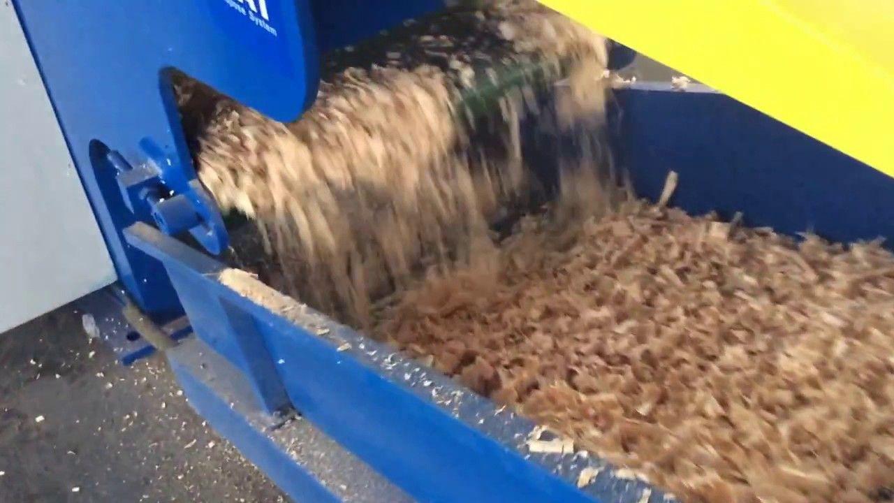 Sawdust Wood Shaving Pellet Machine Line Wood Pellet Production Line In 2020 Horse Bedding Wood Pellets Shaving Machine