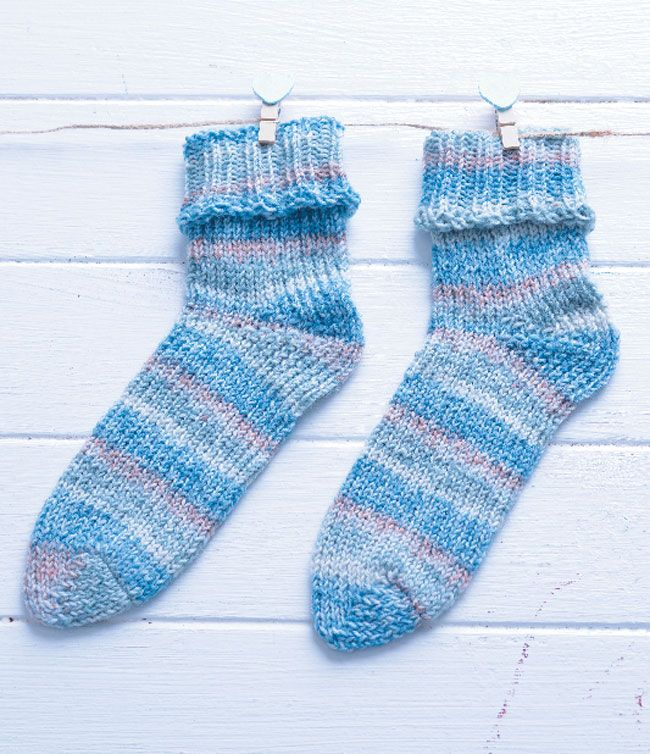 Use a sock loom to knit these socks - nice for the kids and far less ...