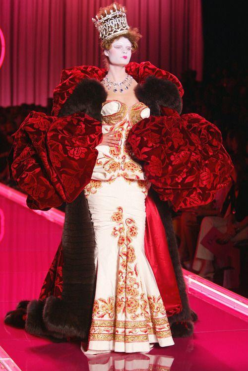 John Galliano for Christian Dior Fall Winter 2004 Haute Couture