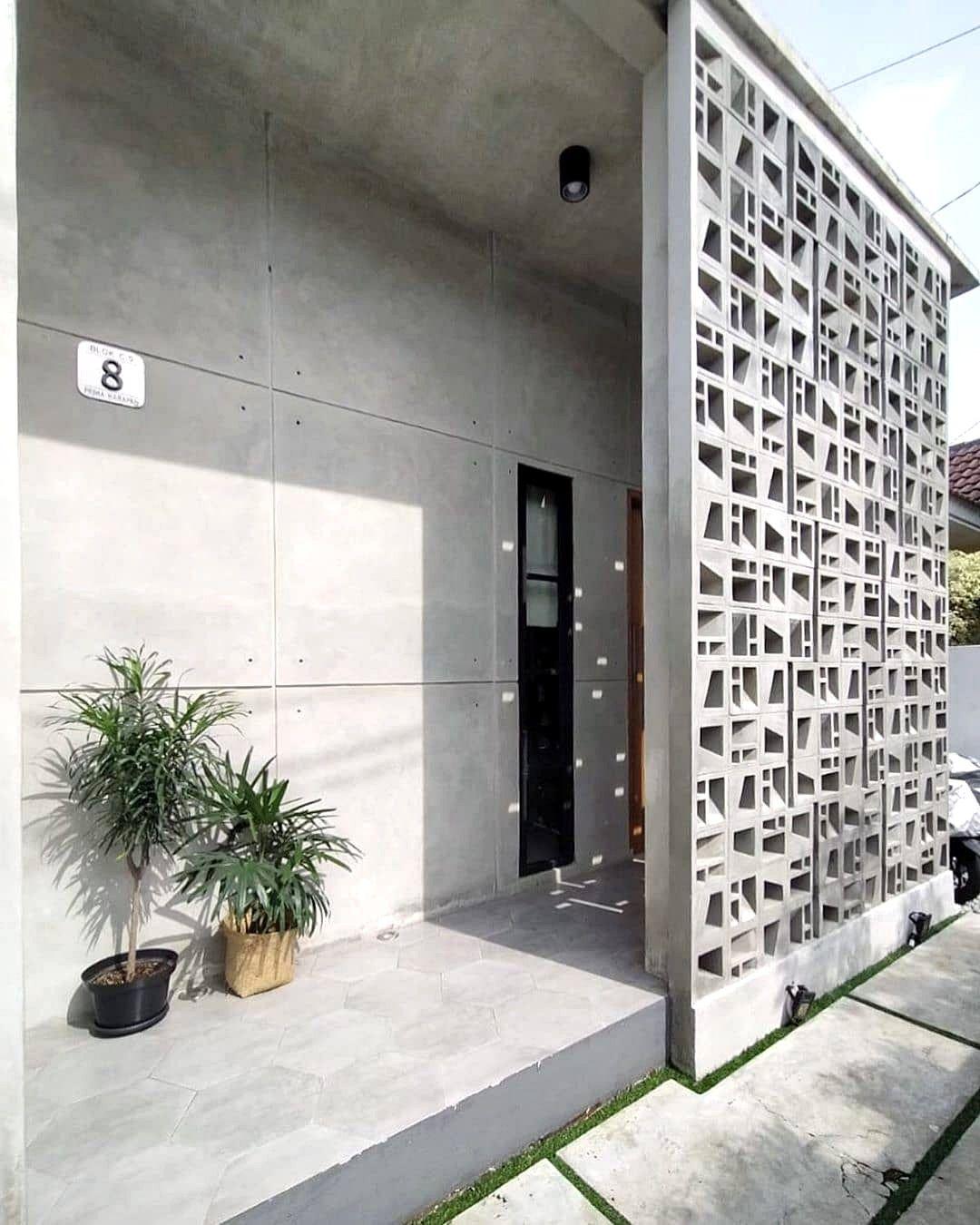 Desain Pagar Rumah Dari Roster Beton Susun Acak Di 2021 Rumah Minimalis Rumah Desain