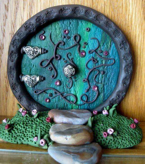Ideas About Hobbit Door On Pinterest Hobbit Houses Hobbit Hole