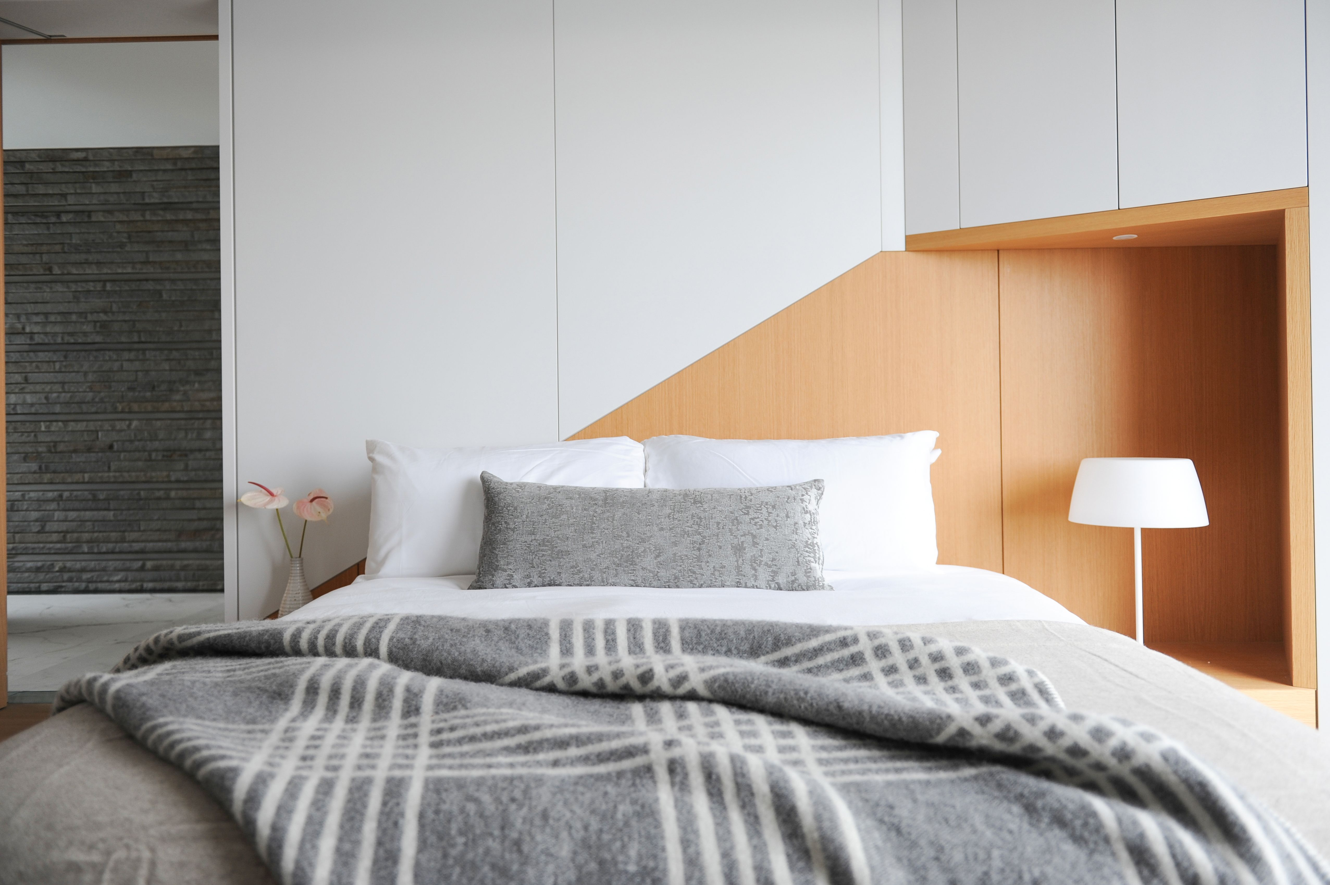 Best Bed Linens Should Come In All Shapes Textures And Colors We Placed A Striped Monochromatic 400 x 300