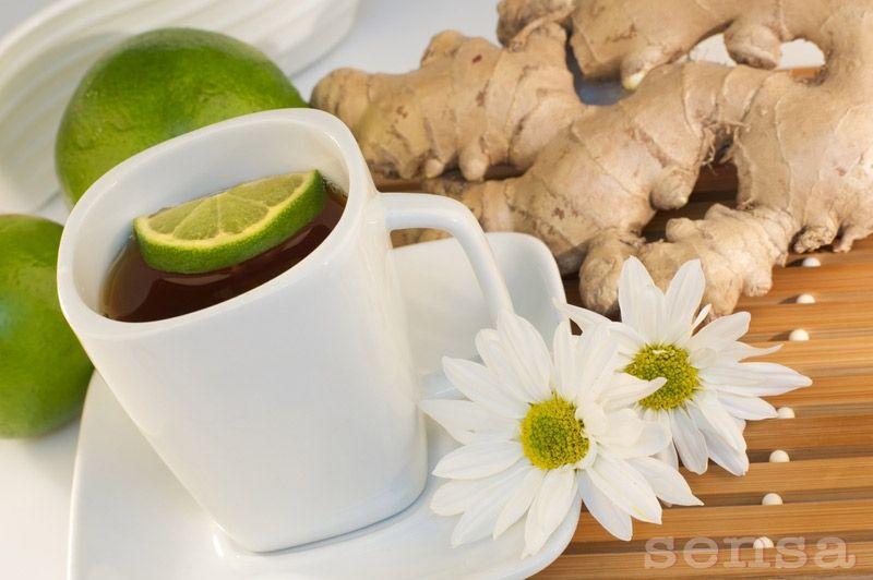 Chá de gengibre com limão: Descasque e corte o gengibre em uma caneca, adicione o mel e limão, em seguida, simplesmente despeje a água quente por cima. Descansar por 5 minutos e pronto! O gengibre …