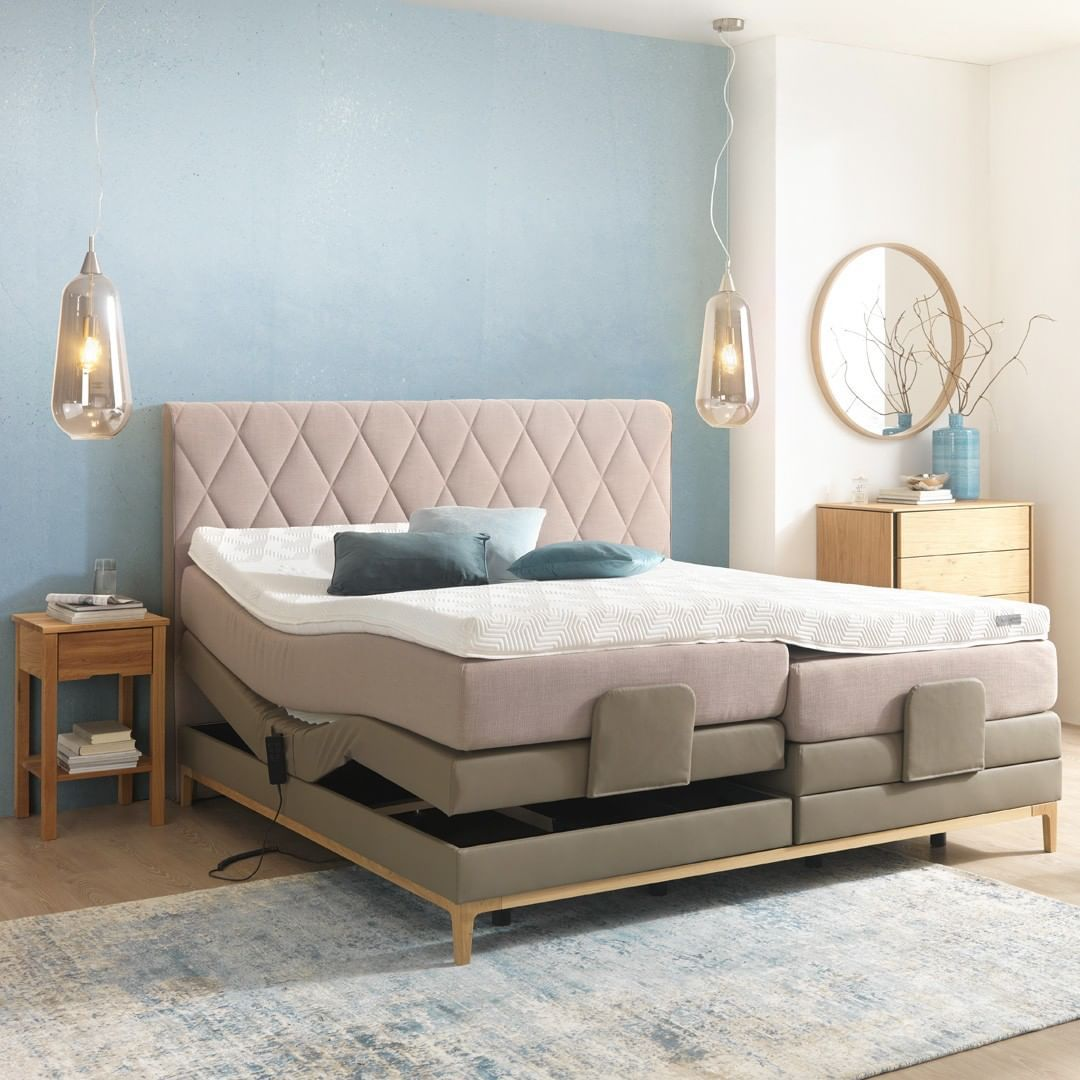 Wir Sind Total Verliebt In Dieses Traumhafte Boxspringbett Von Sembella Xxxlutz Home Boxspringbett Sembella Bedroomgoals B Bed Furniture Home Decor
