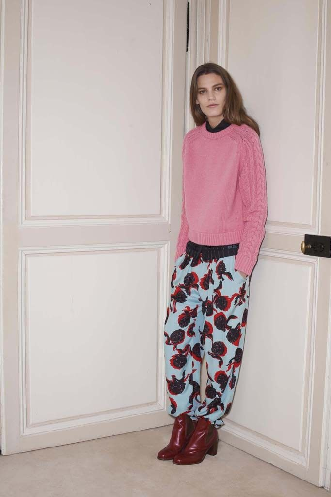 168a076ee75c See by Chloé Pre-Fall 2014 was based on the wardrobe of aristocratic  English girls studying art in Paris