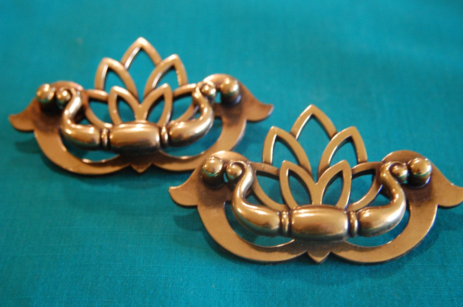 Vintage Art Deco Drawer Cabinet Door Pulls Antique Brass Look ...
