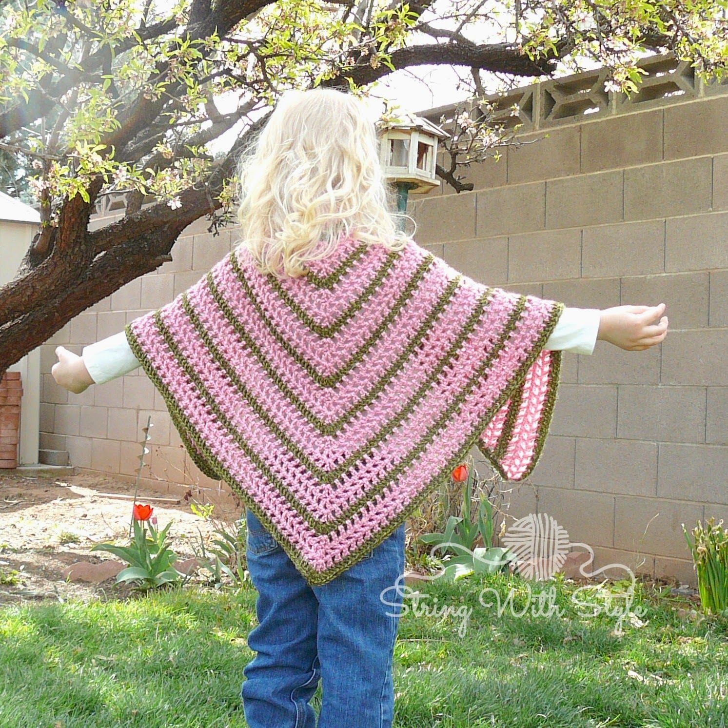 Sassy girl triangle shawl designed by string with style free sassy girl triangle shawl designed by string with style free crochet pattern bankloansurffo Image collections