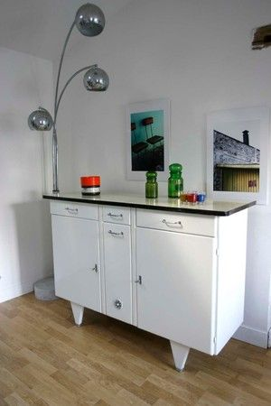 buffet bas laqu blanc formica ann es 50 meuble pinterest buffet bas ann es 50 et bas. Black Bedroom Furniture Sets. Home Design Ideas