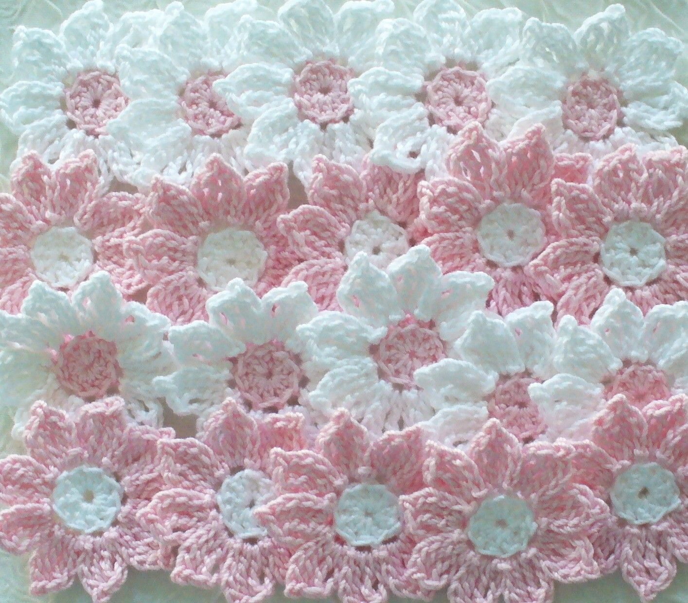 Pink and white crochet daisy flowers items similar to pink and white crochet daisy flowers handmade embellishments set of 12 on etsy izmirmasajfo
