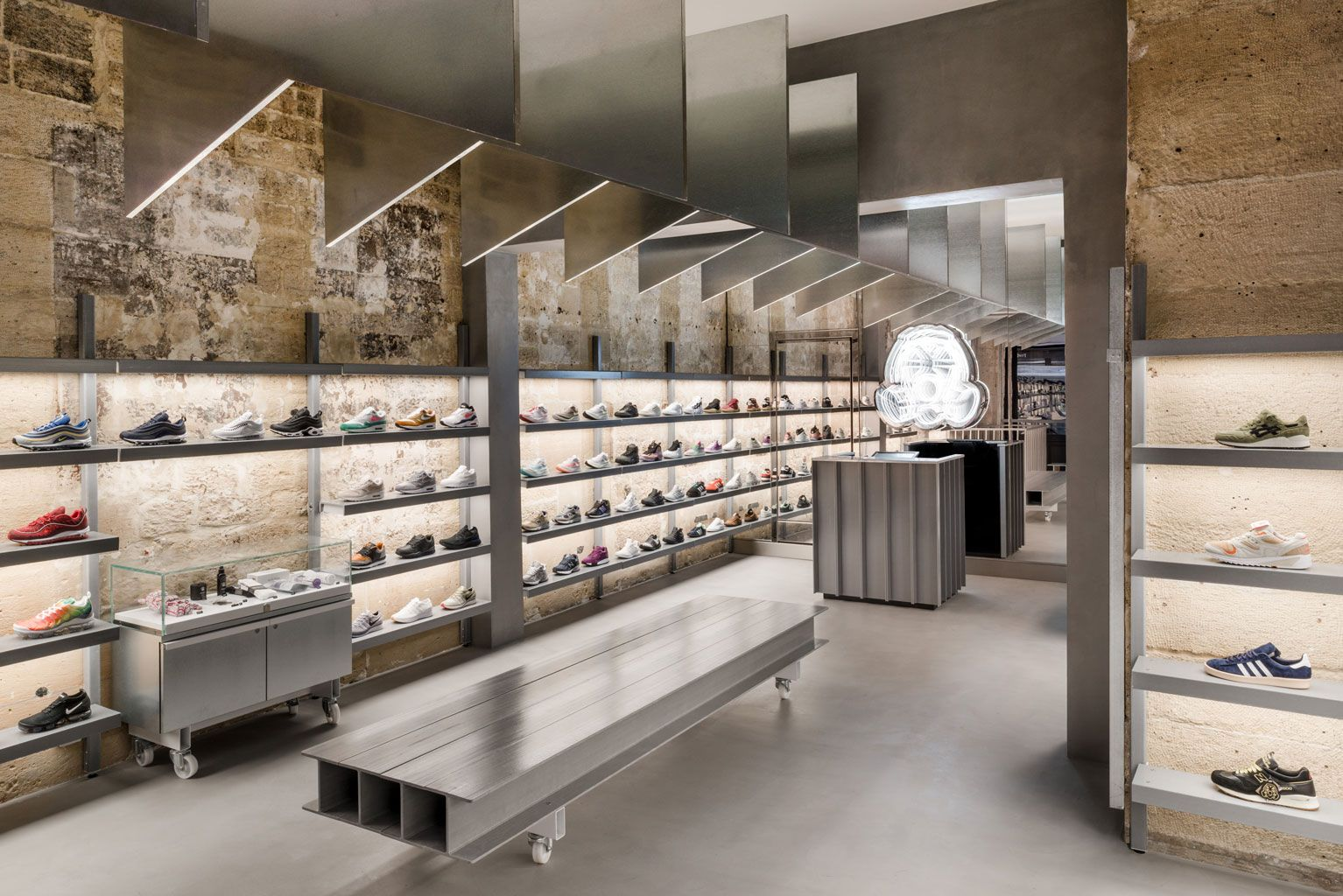 pas cher pour réduction cd23a acda6 Footpatrol Paris store design by Counterfeit Studio. Sneaker ...