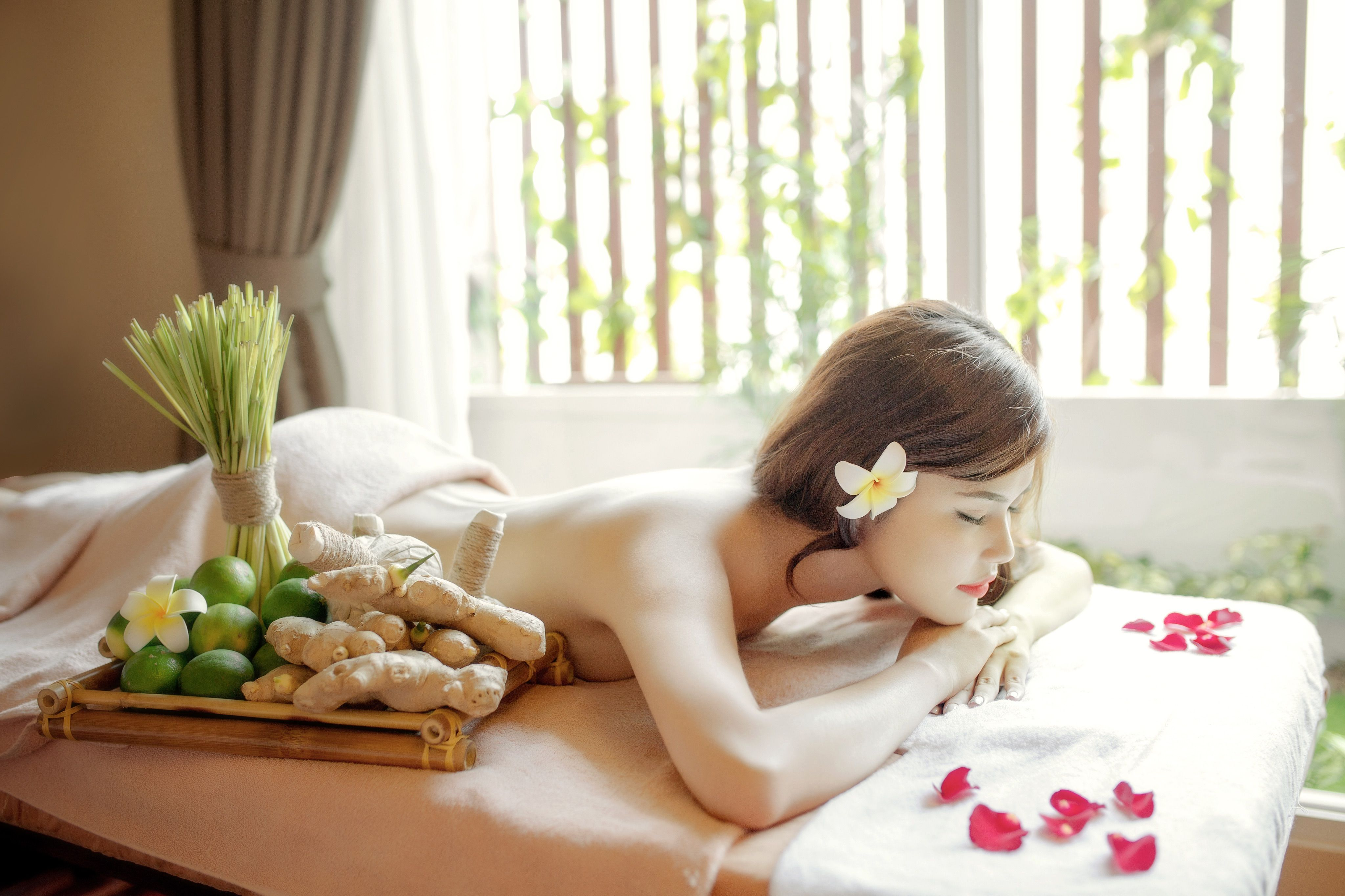 Over The Years Spa Pools Have Become More And More Affordable Massage Center Spa Resort