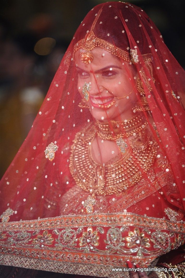 Shubhra & Piyush\'s Gorgeous Big Fat Indian Wedding in Rajasthan