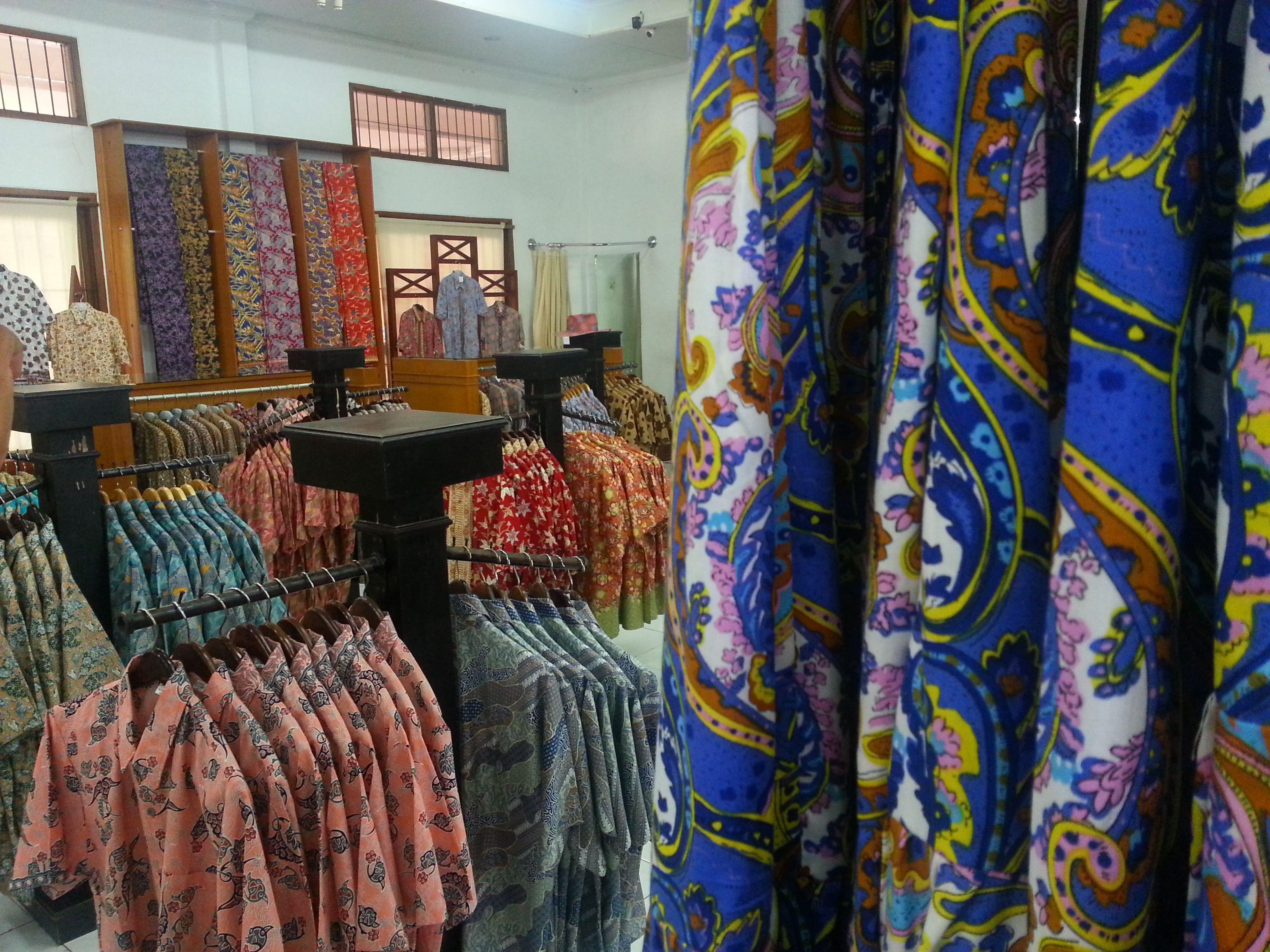 Batik Factory interior 3