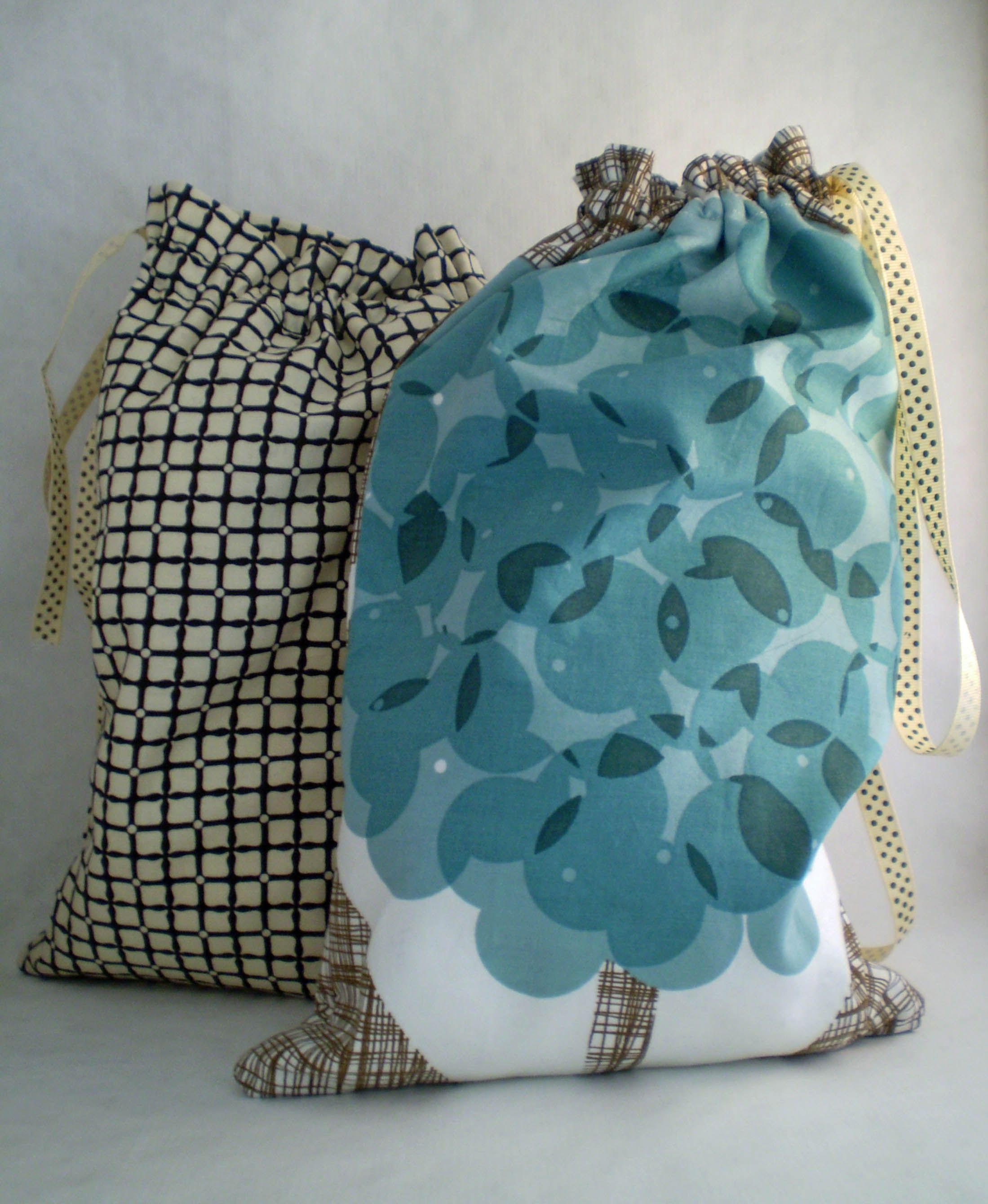 Lined drawstring bag- for our homemade bread : ) | i heart sewing ...