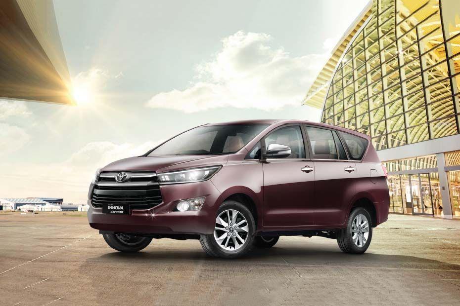Toyota Innova Crysta India In 2020 Toyota Innova Bmw Car Price Toyota