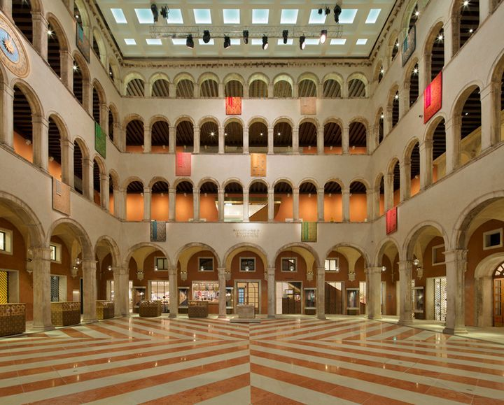 T Fondaco dei Tedeschi by Rem Koolhaas and Jamie Fobert, Venice – Italy » Retail Design Blog