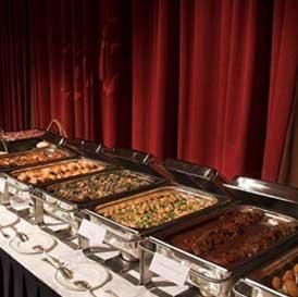 A Buffet Style Is Good Idea For Relaxed Wedding Atmosphere