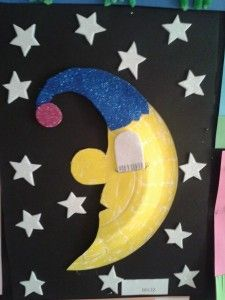 paper plate moon craft : paper plate moon - pezcame.com