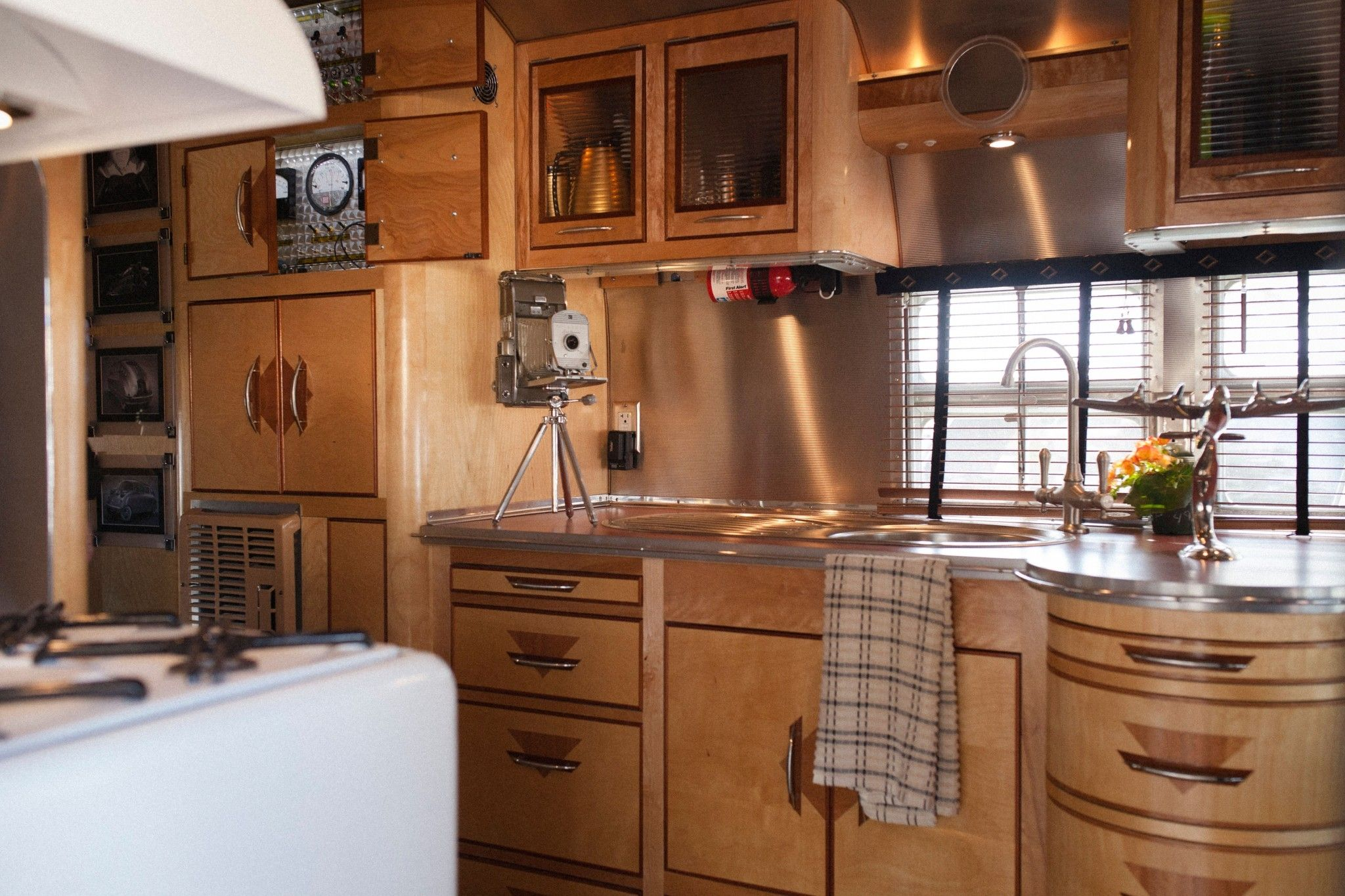 30 Excellent Picture of RV Cabinet Storage Ideas That You ...