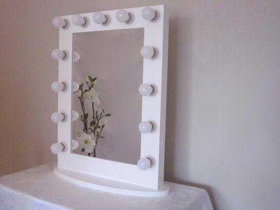 Hollywood impact lighted vanity mirror w led bulbs dual outlets dormitorio pinterest - Espejo con bombillas ikea ...
