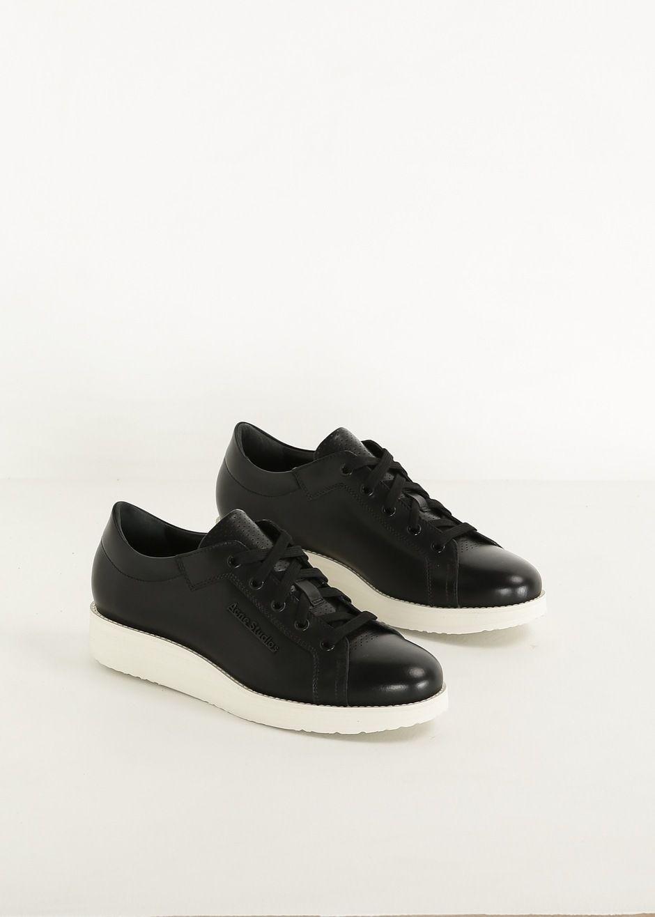 Totokaelo Acne Studios Black Kobe Sneaker 440 00 Kobe Sneakers Sneakers Dress Shoes Men [ 1316 x 940 Pixel ]