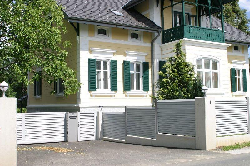 Sichtschutzzaun Aluminium Modern in Weiss. Wir beraten ...